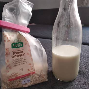 make your own oat milk